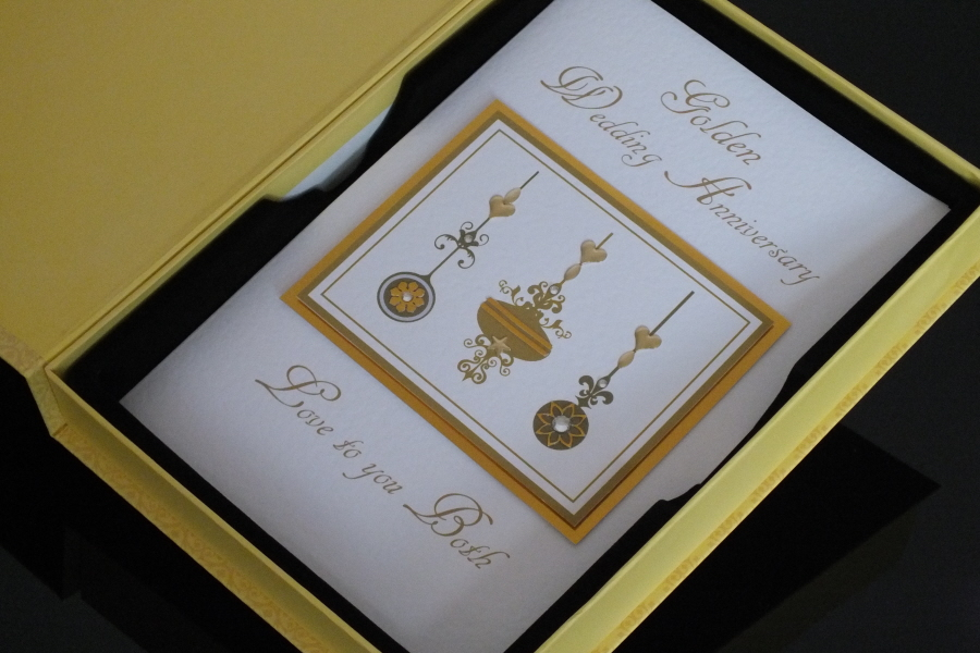 Wedding Anniversary Gift Delivery Uk : Delivered With Lovegift box, this ?Golden Wedding Anniversary ...